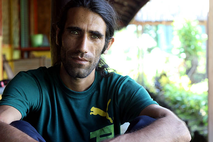 behrouz boochani - photo #12